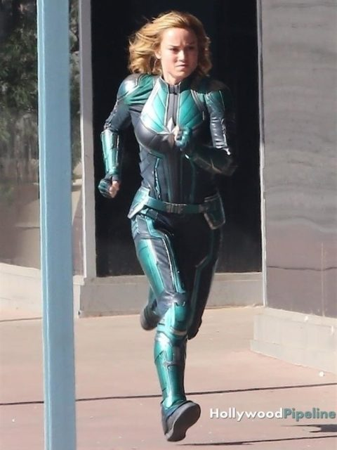 capitain marvel outfit 3 brie larson