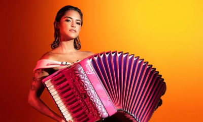 LUCY ALVES MEXE MEXE WARNER MUSIC