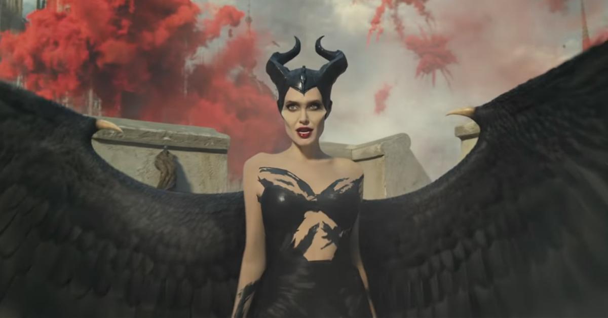 Maleficent Mistress of Evil MALVOLA 2 POLTRONA VIP DISNEY