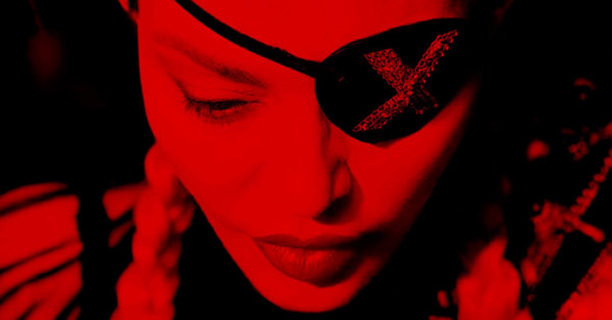 Dark Ballet Mais uma faixa de Madame X de Madonna é revelada com clipe sombrio e cinematográfico