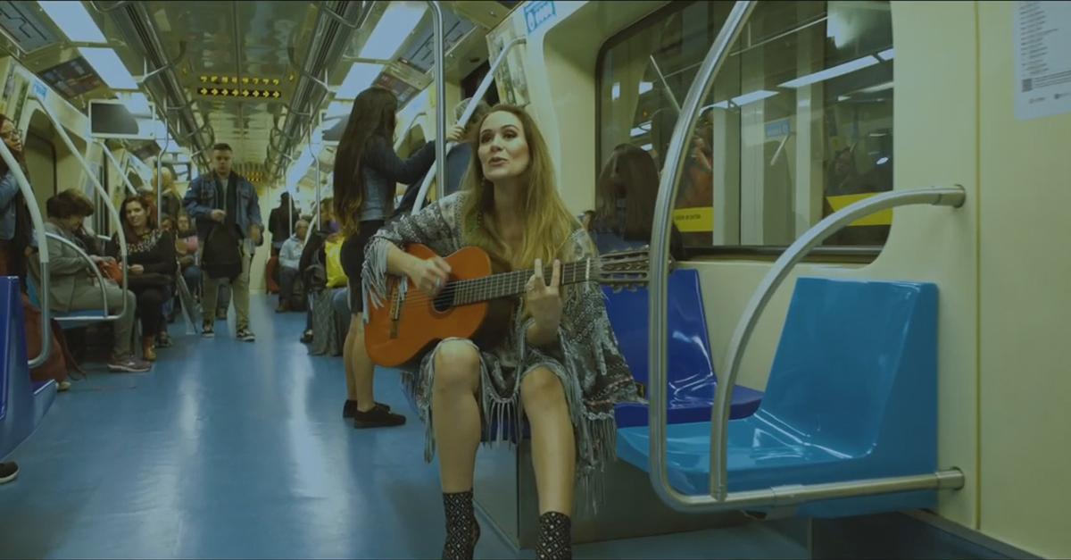 Carolina Frozza lança Amor Imperfeito acompanhado de videoclipe